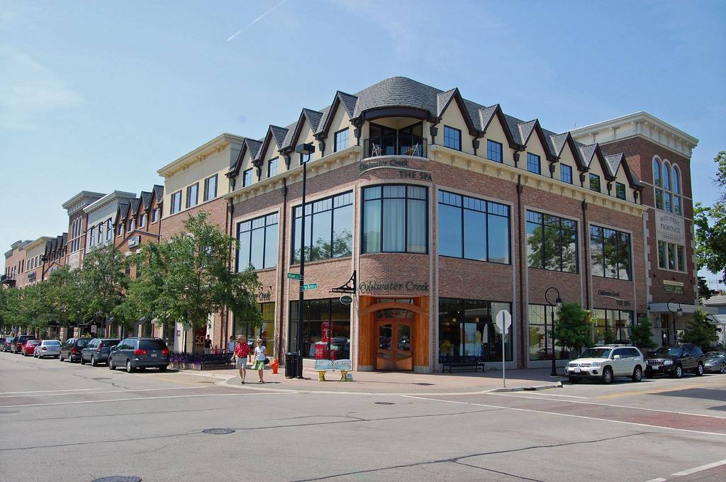 Official site of Hotel Indigo Naperville Riverwalk. A boutique hotel that features neighborhood charm, serves people & pets, and provides the Best Price Guarantee. Your session will expire in 5 minutes, 0 seconds, due to inactivity/5().