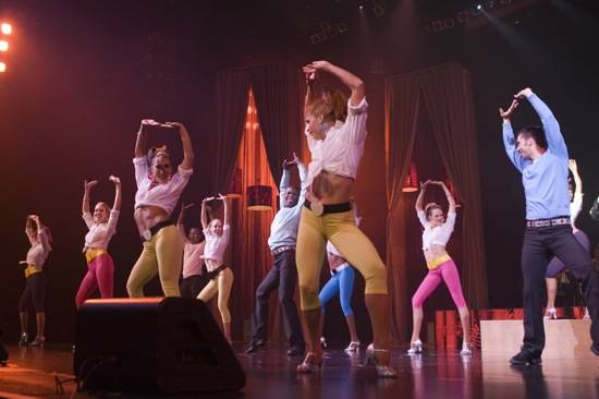 Golden Moment: Vegas' Big Production Stars Perform for Golden Rainbow's Ribbon of Life