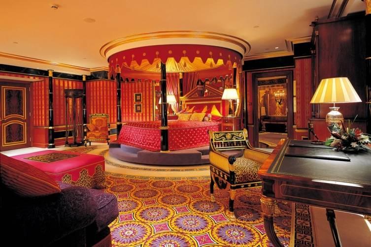 Hotel-Suite-Room-Burg-Al-Arab