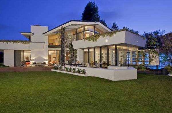 A Bel Air Modern Classic Listed @ $24,950,000 by Jade Mills