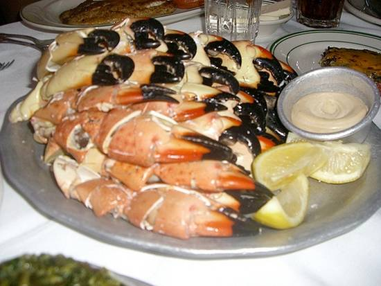 Go with the flow the top 5 fish restaurants in chicago for Fish restaurant chicago