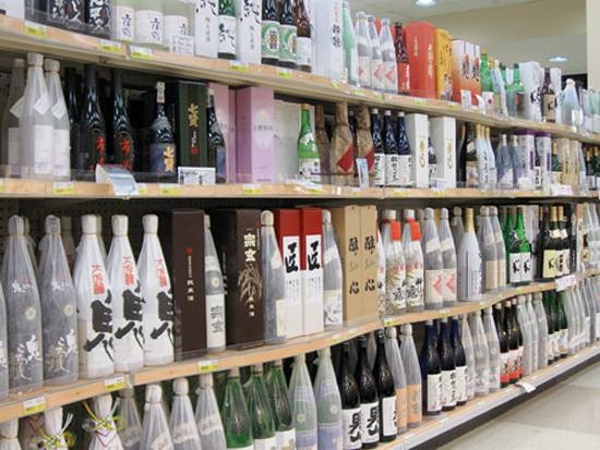 Japanese Elixir: The Top 5 Sake Joints in Chicago