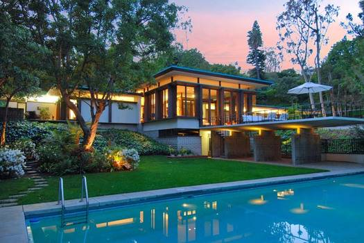 Joyce Rey Presents Luxurious Beverly Hills Estate for $8,495,000