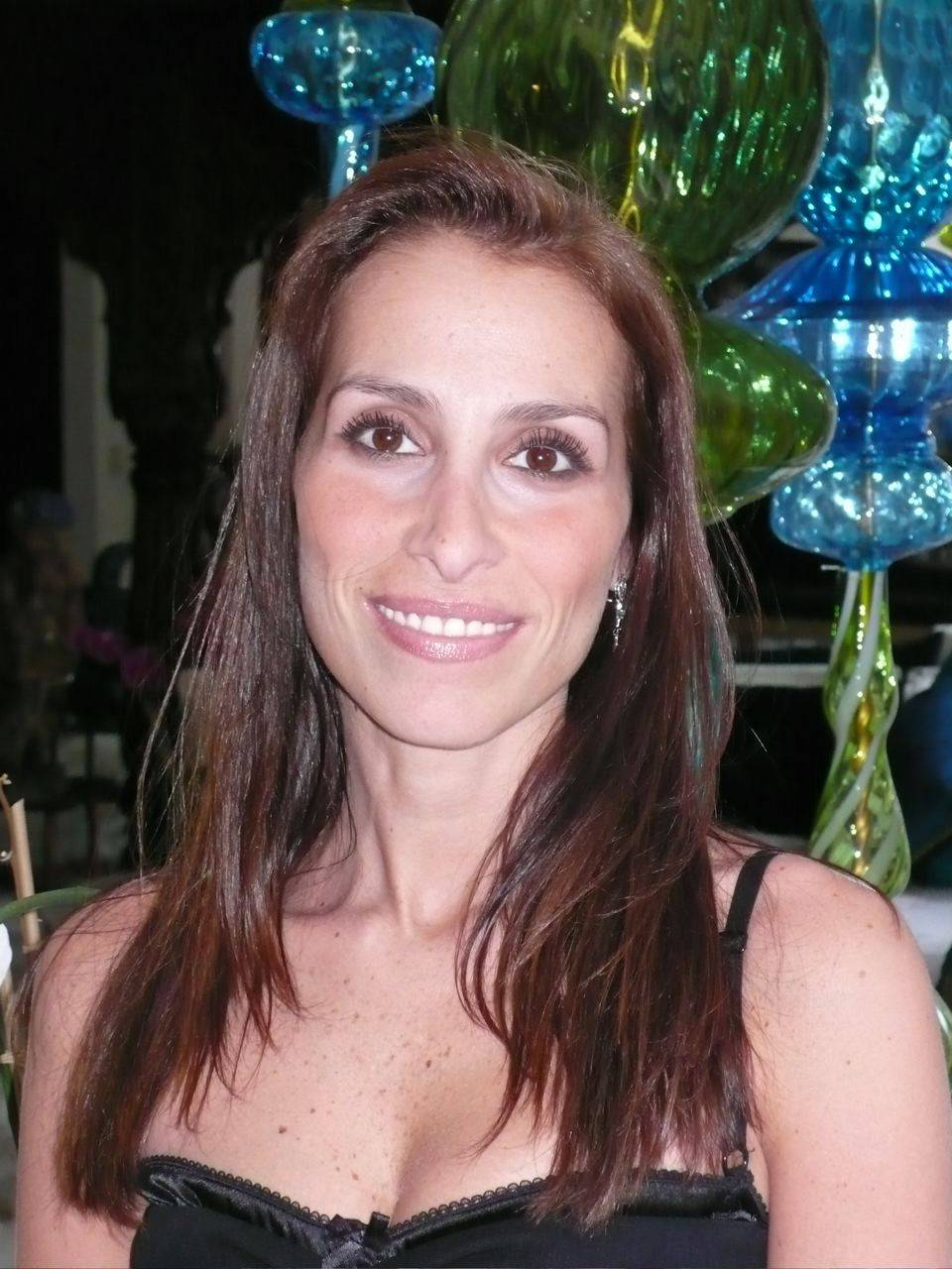 Rose Caiola Net Worth