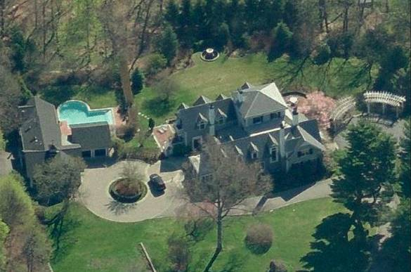 Celebrity living tom brady gisele b ndchen haute living Tom brady sells boston homes