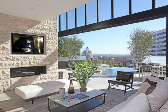West Hollywood Real Estate Open House: Watch the Sun Set over Sunset