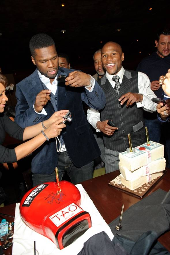 Haute Event: Floyd Mayweather Celebrates His Birthday with 50 Cent at Tao Asian Bistro