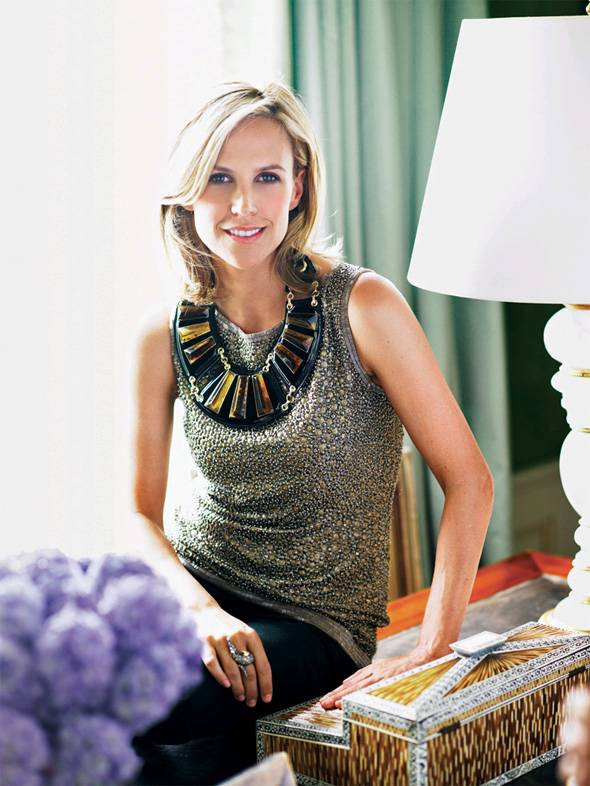 Save the Date: Tory Burch and Oscar de la Renta to Speak at French Institute Alliance Française's 2011 Fashion Talks