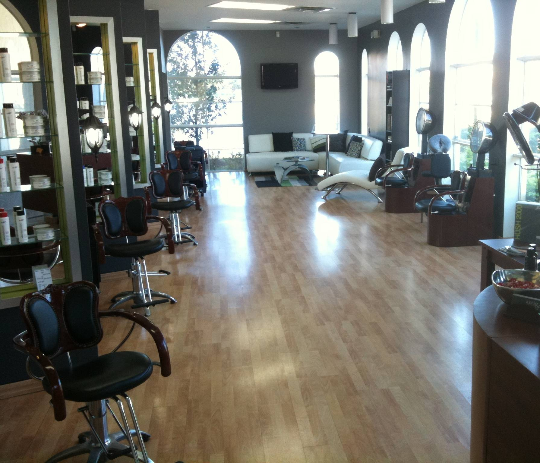 Haute Spots: Weston's aztig urban salon is the Face of Beauty and Comfort