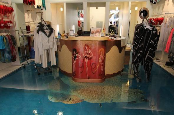 Diane's Beachwear at Scottsdale Quarter. Photo by Archirealm.com.