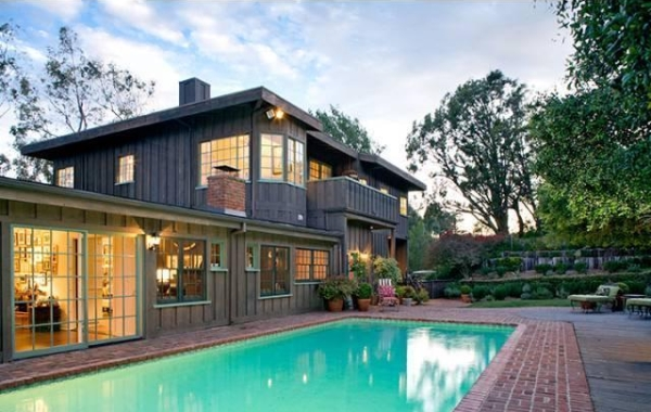 Celebrity Living: Sally Field Lists $5.9 Million Malibu Home