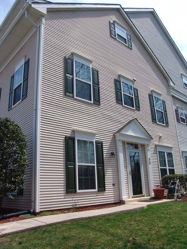 Carol Snyder Presents $0.2 Million Severna Park Townhouse