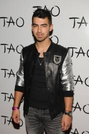 Joe Jonas on the red carpet at Tao.