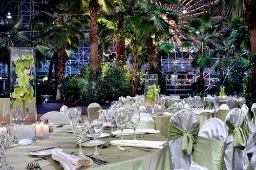 "Crystal Gardens Named Top Venue by the Knot ""Best of Weddings"""