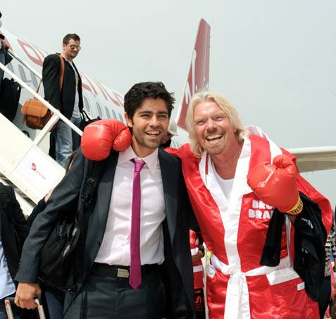 Sir Richard Branson, Adrian Grenier and Friends Rock the Windy City for Virgin America Launch