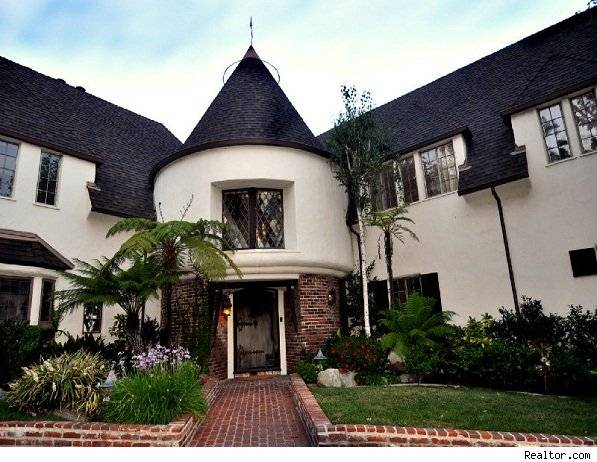 Walt Disney's Mansion For Sale