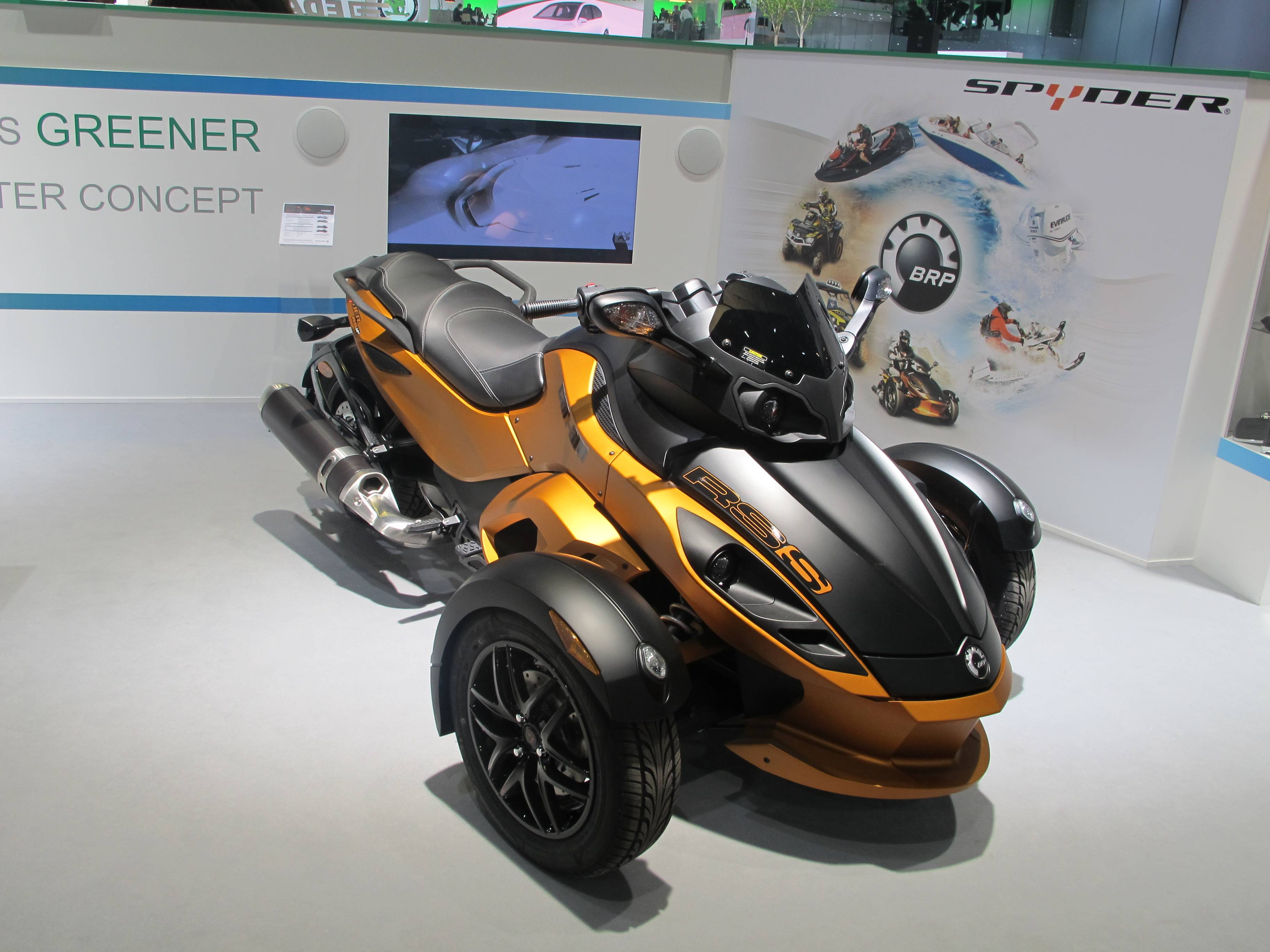 Geneva Motor Show - Can-Am concept HEV (hybrid electric vehicle) Spyder