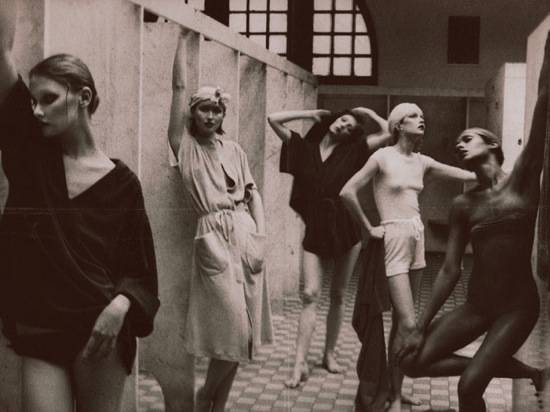 Haute 100 Update: Donna Karan Collaborates with Fashion Photographer Deborah Turbeville for London Fashion Week
