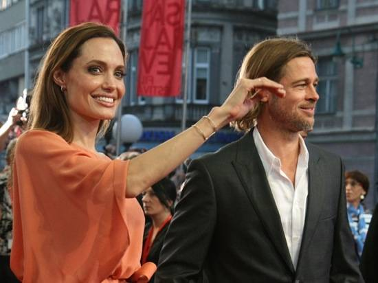 Haute 100 Update: Angelina Jolie Travels to Bosnia with Brad Pitt to Receive Heart of Sarajevo Award [PHOTOS]