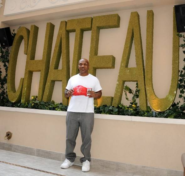 Haute Event: Mike Tyson Signs Autographs at Chateau Nightclub