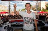 Tiësto was the big star at Wet Republic yesterday.