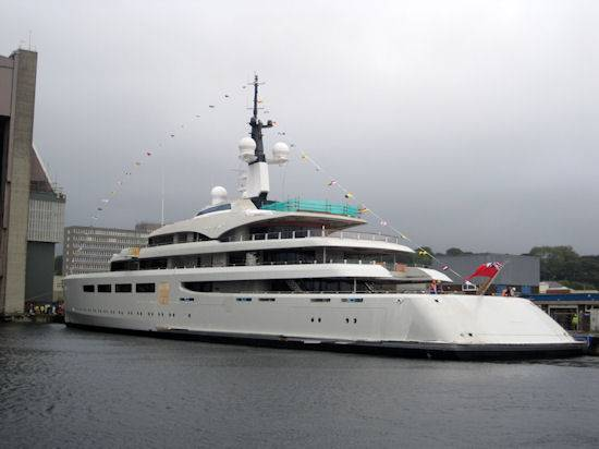 Bertarelli Billionaires Buy £100 Million Yacht