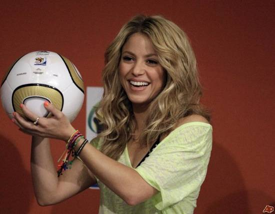 Haute 100 Update: Shakira to Perform in Kiev for Opening of new $500M Soccer Stadium