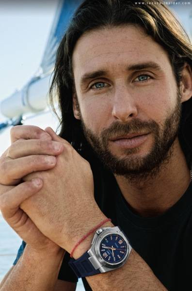 Haute 100 Update: David de Rothschild to Clean Up the Beach with Surfrider Volunteers