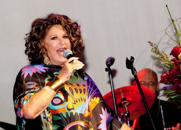 Haute Event: Lainie Kazan Performs at the Evening of Cabaret Benefit for AFAN