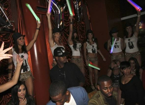 Haute Event: Ne-Yo Celebrates His 32nd Birthday at Surrender