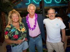 John Cohlan of Margaritaville Holdings with Jimmy Buffett ticket winners Ron and Linda.