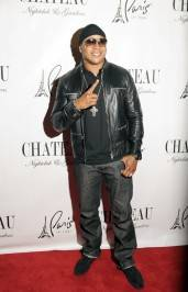 LL Cool J walks the red carpet outside of Chateau Nightclub & Gardens.