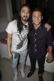 Steve Aoki with Jonathan Lipnicki at Surrender.
