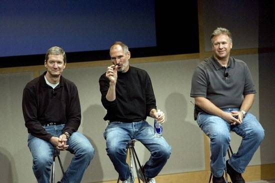 Haute 100 Update: Steve Jobs Still Expected to Appear at Tomorrow's iPhone 5 Presentation