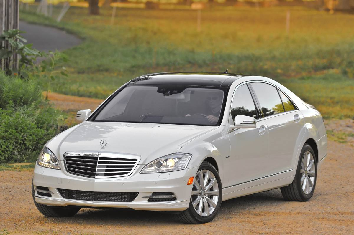 Haute Auto: 2012 Mercedes-Benz S350 BlueTEC 4MATIC