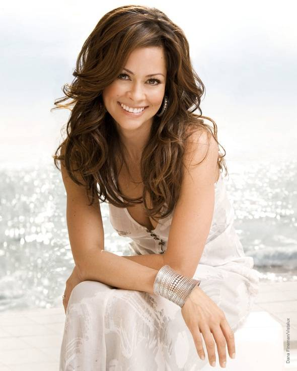 Make a Sprint in Heels at the Rock 'n' Roll Stiletto Dash with Brooke Burke Hosting