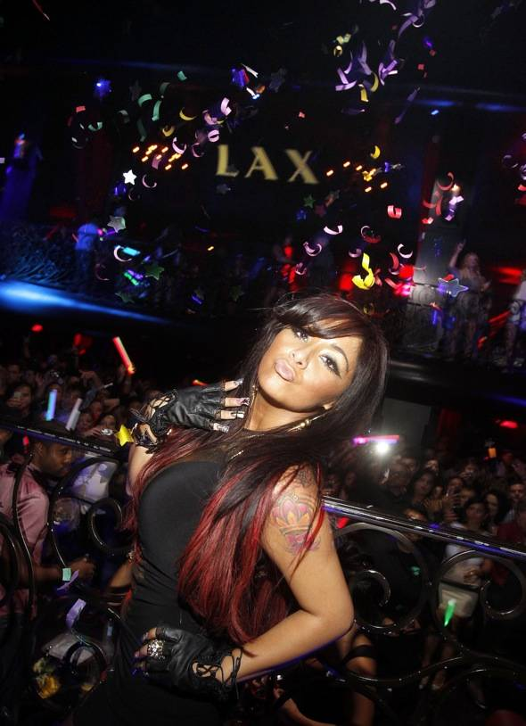 Haute Event: Snooki Celebrates Her 24th Birthday at LAX Nightclub