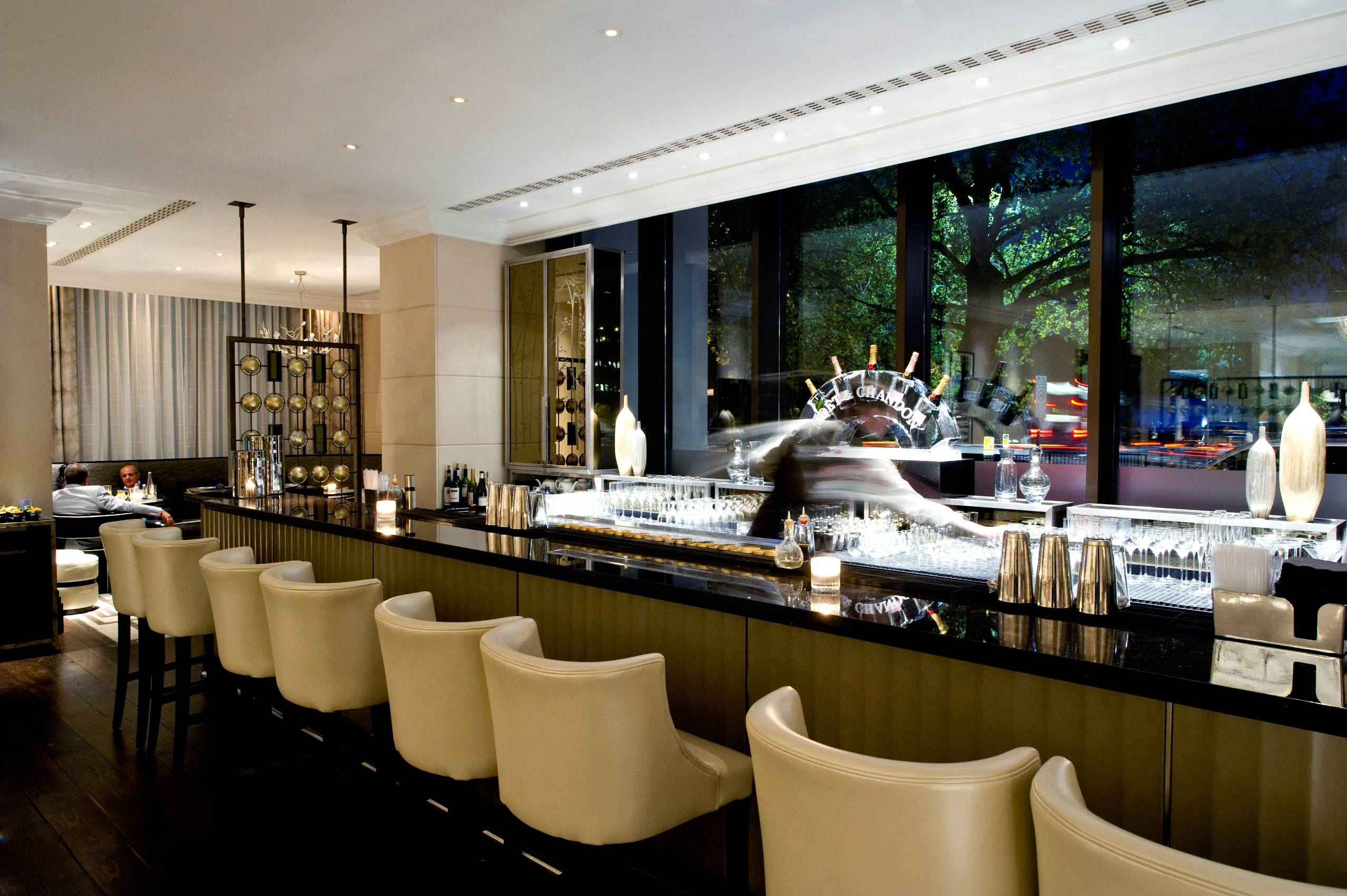 InterContinental London Park Lane to hold monthly 'Gin and Jazz' night