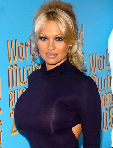 Haute Estates: Pamela Anderson Puts Malibu Beach House up for Rent