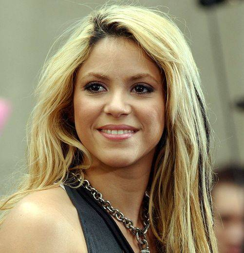 Haute 100 Update: Shakira to be Honored with 'Walk of Fame' Star