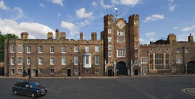 Queen Approves Plans to Rent St James's Palace During Olympics
