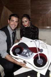 Jesse Metcalfe shares his birthday cake with girlfriend Cara Santana at Vanity Nightclub.
