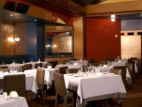 Holiday Dining: Try Multi-Course Meals for the Holidays at Valentino