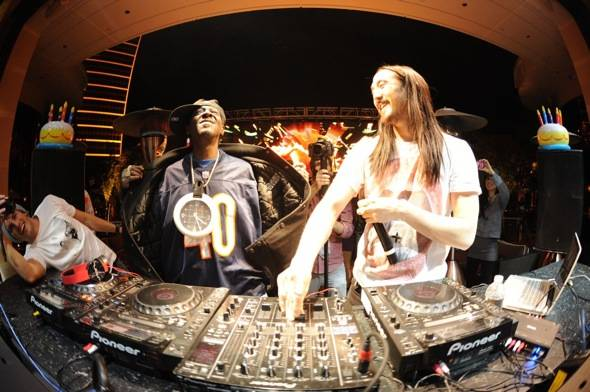Haute Event: Steve Aoki Celebrates His 34th Birthday with Michael Trevino and Flavor Flav at XS