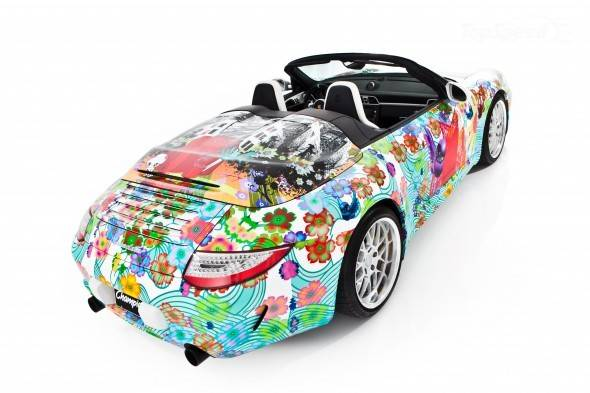 Japanese-Inspired Artwork by Miguel Paredes Displayed on a Porsche Speedster