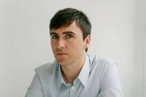 Dior Seeks Raf Simons As New Creative Director