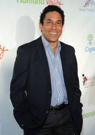 Actor Oscar Nunez