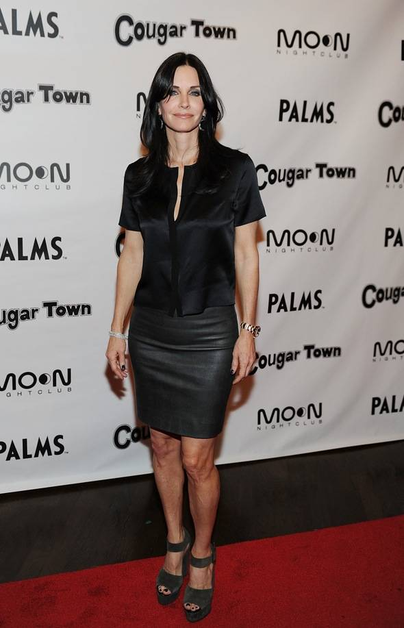 Haute Event: The Cast of 'Cougar Town' Holds at Viewing Party at Moon Nightclub