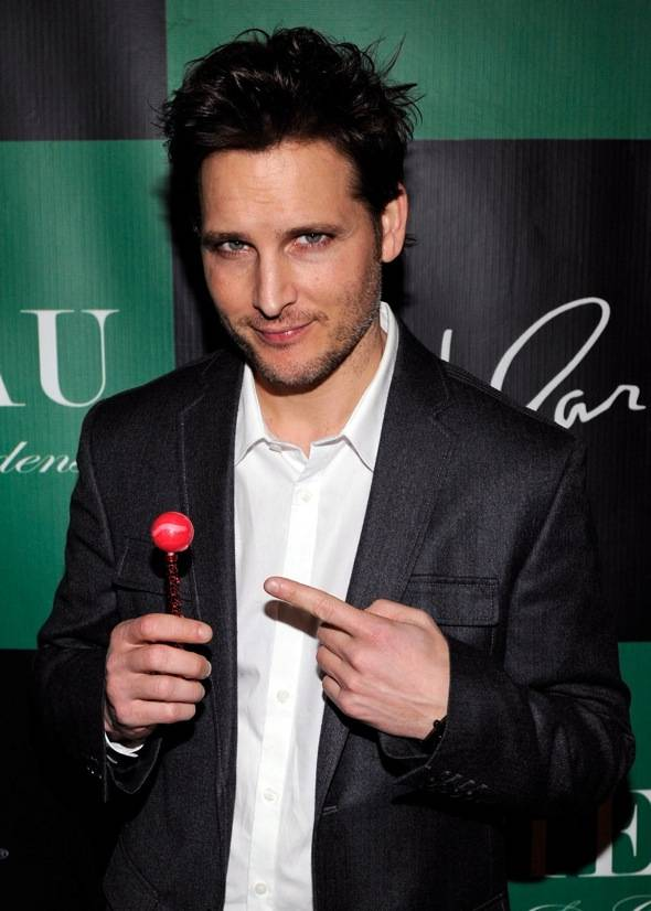Haute Event: 'Twilight' Star Peter Facinelli Hosts at Chateau