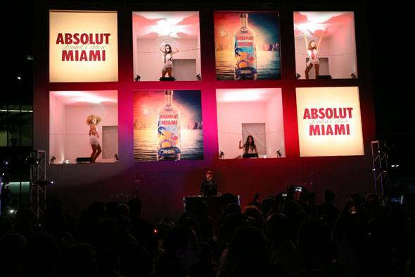 ABSOLUT Miami: For Their Sixth City-Inspired Spirit, ABSOLUT Vodka Turned Its Sights On The Magic City